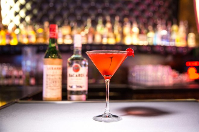 beverage commercial photography at the Hard Rock Center Bar