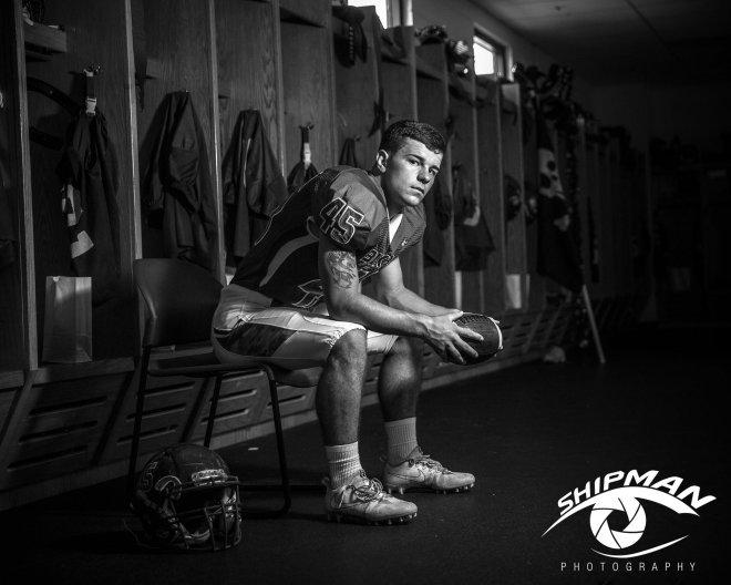 senior portrait bixby football player