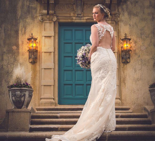 Bridal portrait Tulsa Oklahoma Dresser Mansion