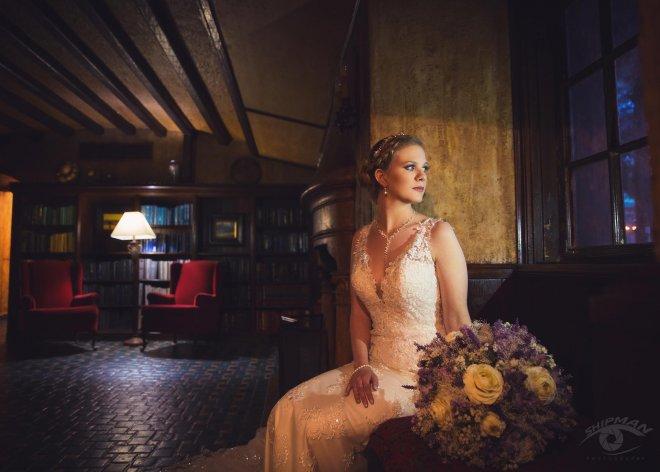 Bridal portrait Tulsa Oklahoma - dresser mansion